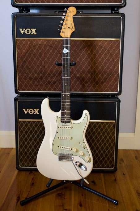 1961 Fender Stratocaster (white) (serial number 56051)